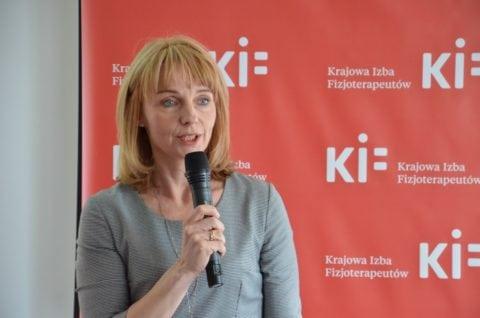 dr Agnieszka Stępień - Pełnomocnik ds. kontaktów ze stowarzyszeniami pacjentów i ich rodzin